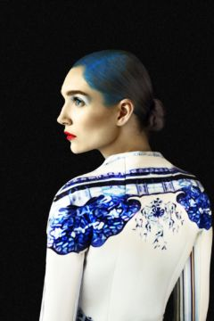 Erik MADIGAN HECK (*1983, United States): Mary Katrantzou, Old Future – Christophe Guye Galerie